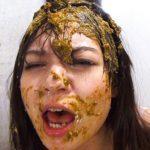 美人デリスカ嬢が悪夢の様な糞まみれの壮絶な御奉仕変態セックス!